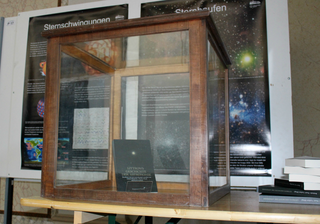 littrow history of astronomy showcase_1100
