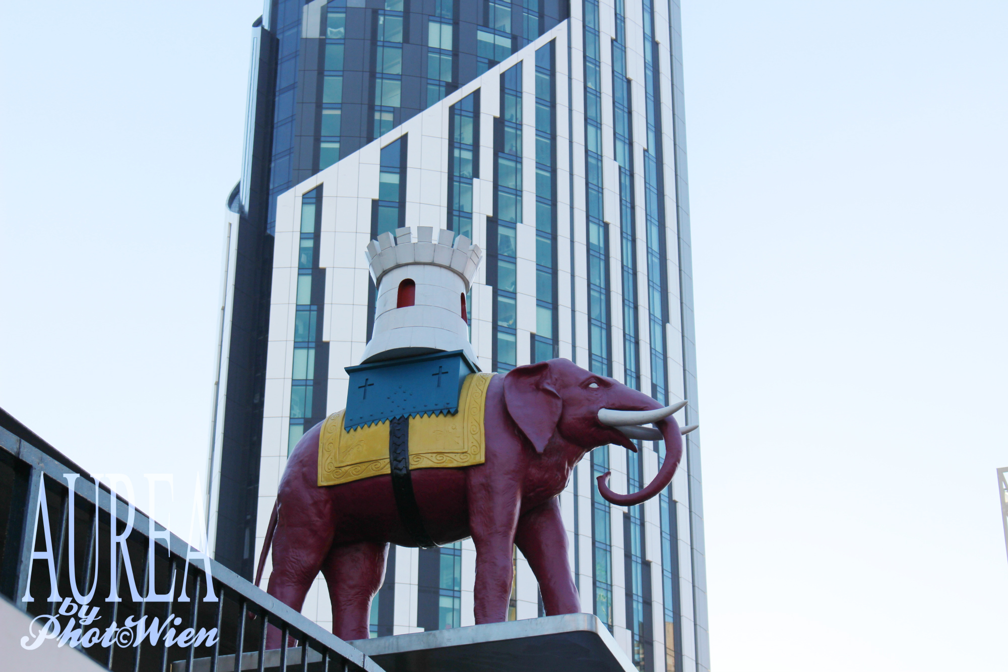 strata-tower-and-elephant