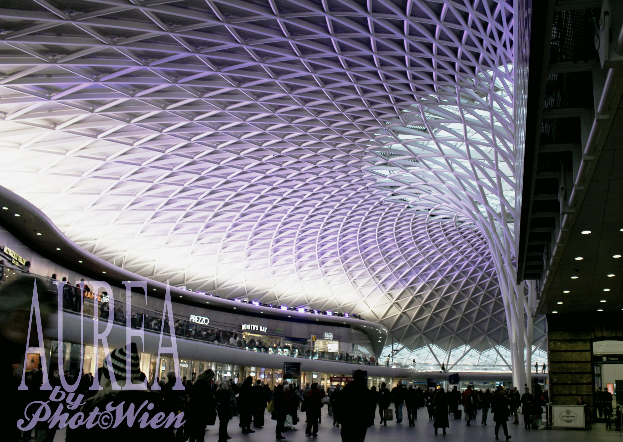 kings-cross_roof-aurea
